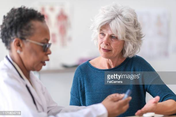 a patient with diabetes - low stock pictures, royalty-free photos & images