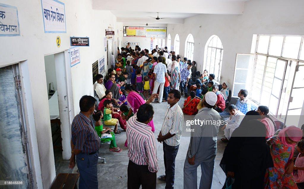 asia ti patients queue - 1024×637