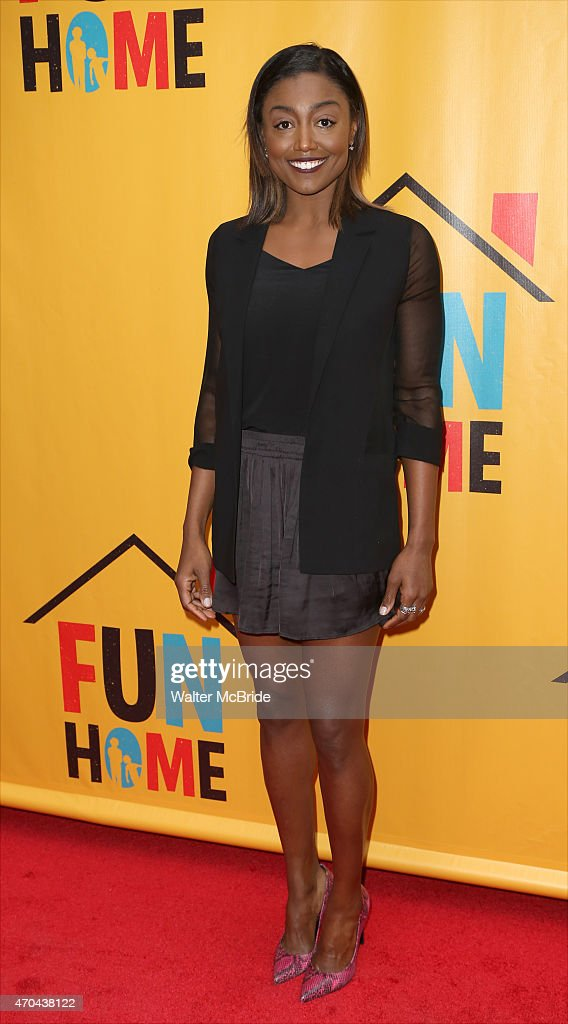 """""""Fun Home"""" Broadway Opening Night - Arrivals & Curtain Call : News Photo"""