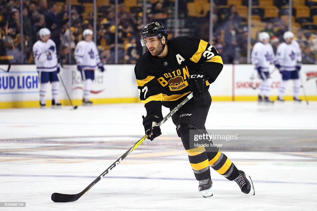 Patrice Bergeron #37 of the Boston Bruins warms up before the game against the Toronto Maple Leafs at TD Garden on December 10, 2016 in Boston, Massachusetts.