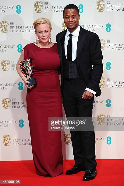 Patricia Arquette and Cuba Gooding Jr poses in the winners room at the EE British Academy Film Awards at The Royal Opera House on February 8 2015 in...
