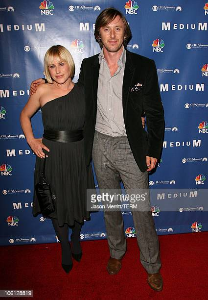 """Patricia Arquette and Jake Weber during NBC Hit TV Series """"Medium"""" Soiree - Arrivals at Stephen Cohen Gallery in Los Angeles, California, United..."""