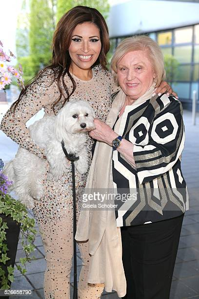 Patricia Blanco and her mother Mireille Blanco ex wife of Roberto Blanco and her dog Sissi shooting before the 11th anniversary of 'Bachmaier...