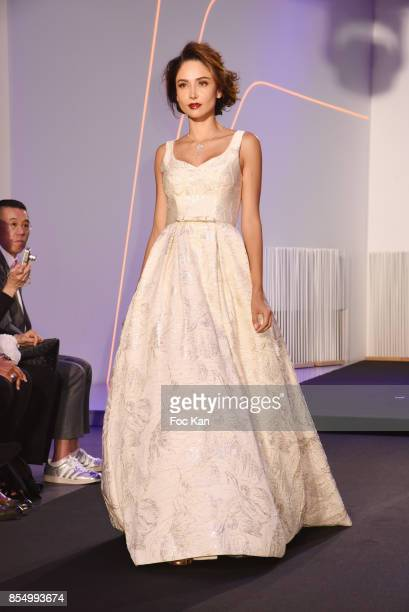 Patricia Contreras walks the runway during the Christophe Guillarme Show as part of the Paris Fashion Week Womenswear Spring/Summer 2018 on September...