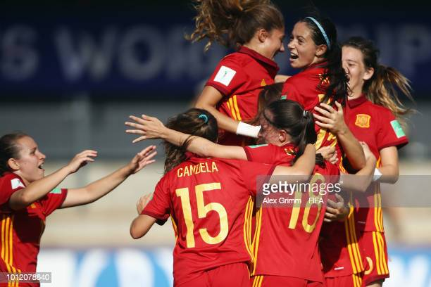 Patricia Guijarro of Spain celebrates her team's fourth goal with team mates during the FIFA U20 Women's World Cup France 2018 group C match between...