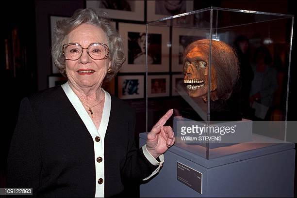 Patricia Hitchcock Inaugurates Alfred Hitchcock Exhibition In Paris On May 6Th 2001 In Paris France