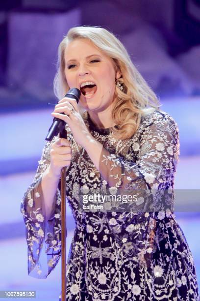 Patricia Kelly performs during the annual tv show 'Das Adventsfest der 100000 Lichter' on December 1 2018 in Suhl Germany
