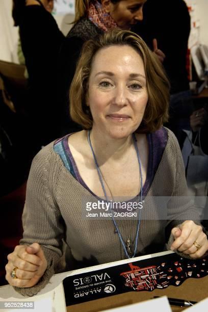 Patricia Reznikov ecrivain franco americaine lors de la 32eme foire du livre de Brive a Brive la Gaillarde en France le 9 novembre 2013