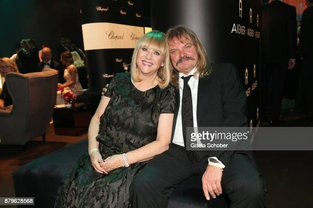Patricia Riekel Leslie Mandoki during the Bambi Awards 2017 after party at Atrium Tower Stage Theater on November 16 2017 in Berlin Germany