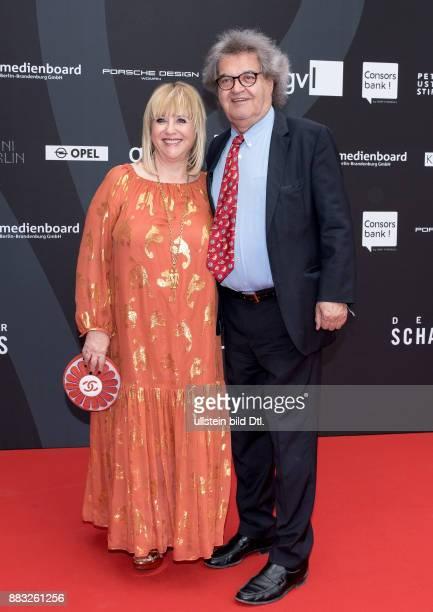Patricia Riekel und Helmut Markwort beim Deutschen Schauspielerpreis 2016 im Zoo Palast Berlin am