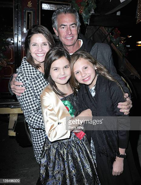 Patricia Riley actress Bailee Madison manager Randy James and Payton Maguire attend Venice Magazine and Coca Cola's Parade Viewing Party at the...