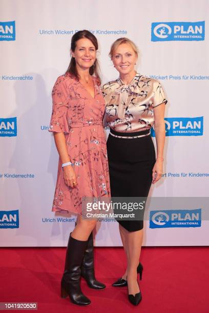 Patricia Schaefer and Dana Golombek attend the Ulrich Wickert and Peter SchollLatour award at Bar jeder Vernunft on September 27 2018 in Berlin...