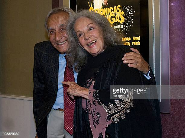 Patricio Castillo and Isela Vega pose at the premiere of the movie Cronicas Chilangas at Cinemark Reforma 222 on August 9 2010 in Mexico City Mexico