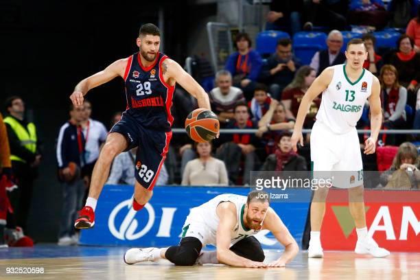 Patricio Garino #29 of Baskonia Vitoria Gasteiz in action during the 2017/2018 Turkish Airlines EuroLeague Regular Season Round 26 game between...
