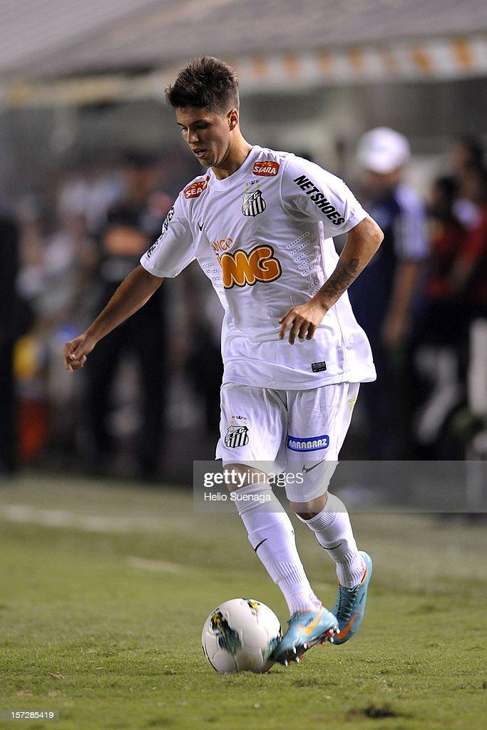 Santos v Palmeiras - Brazilian Serie A