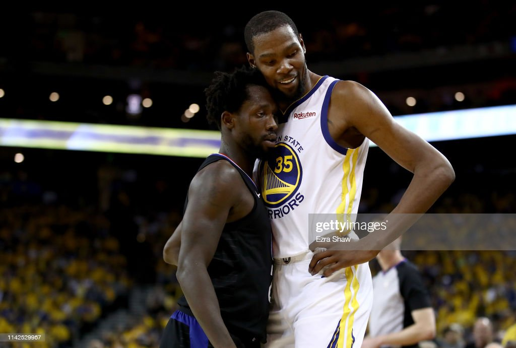 Los Angeles Clippers v Golden State Warriors - Game One : News Photo