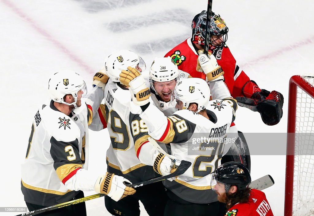 Vegas Golden Knights v Chicago Blackhawks - Game Three : Photo d'actualité