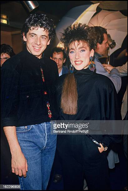 Patrick Bruel and Julie Pietri on a TV broadcast backstage in 1986.