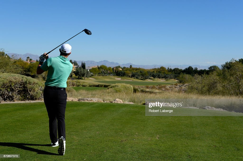 Patrick Cantlay hits his tee shot on the second hole during the final round of the Shriners Hospitals For Children Open at the TPC Summerlin on November 5, 2017 in Las Vegas, Nevada.