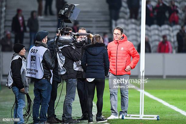 Patrick Collot coach of Lille during the Ligue 1 match between Lille and SM Caen at Stade PierreMauroy on November 29 2016 in Lille France