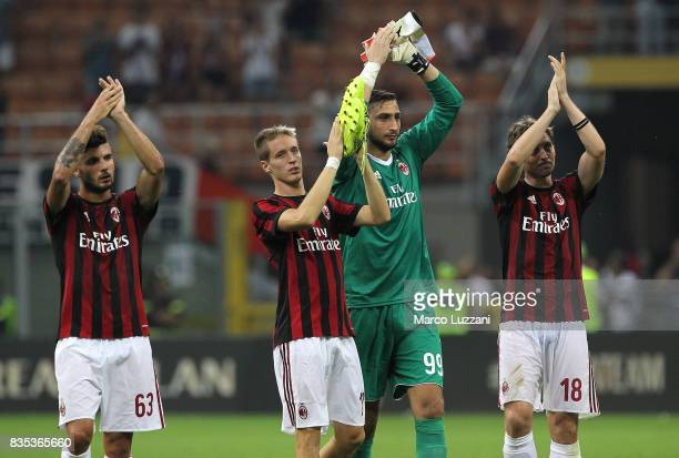 Patrick Cutrone Andrea Conti Gianluigi Donnarumma and Riccardo Montolivo of AC Milan celebrate a victory at the end of the UEFA Europa League...