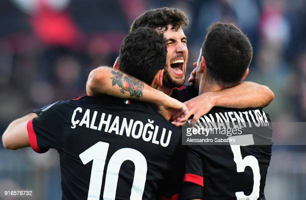 Patrick Cutrone of AC Milan celebrates after scoring his team second goal during the serie A match between Spal and AC Milan at Stadio Paolo Mazza on...