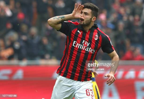 Patrick Cutrone of AC Milan celebrates his goal during the Serie A match between AC Milan and Parma Calcio at Stadio Giuseppe Meazza on December 2...