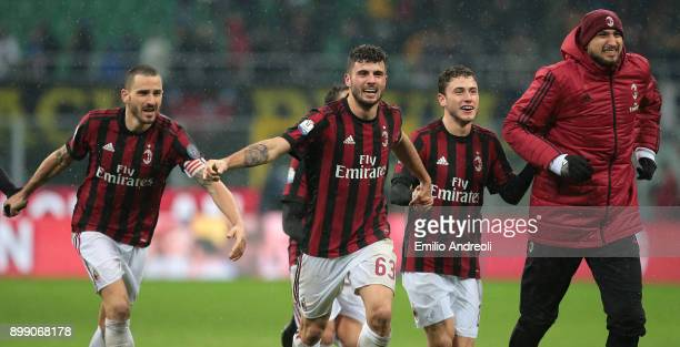 Patrick Cutrone of AC Milan celebrates the victory with his teammates Leonardo Bonucci and Gianlugi Donnarumma at the end of the TIM Cup match...