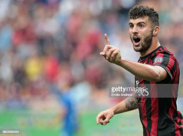 Patrick Cutrone of AC Milan gestures during the serie A match between AC Milan and ACF Fiorentina at Stadio Giuseppe Meazza on May 20 2018 in Milan...