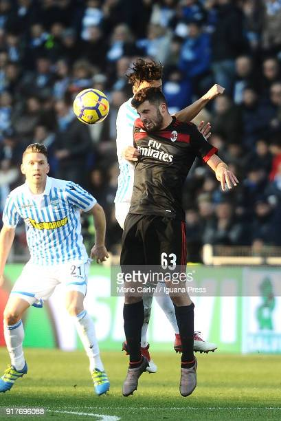 Patrick Cutrone of AC Milan heads the ball during the serie A match between Spal and AC Milan at Stadio Paolo Mazza on February 10 2018 in Ferrara...