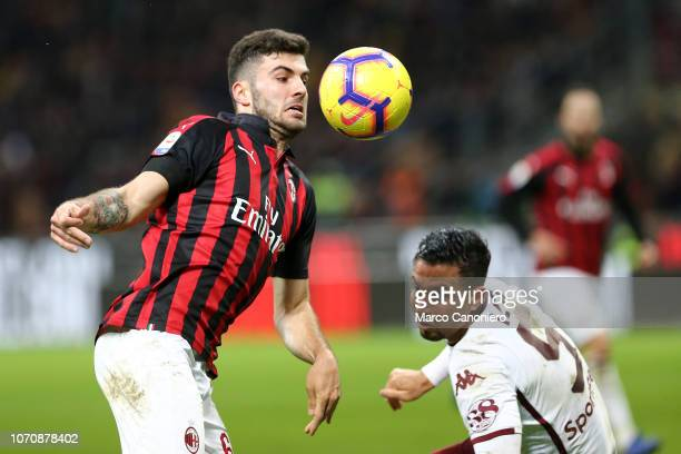 Patrick Cutrone of Ac Milan in action during the Serie A football match between AC Milan and Torino Fc The match end in a tie 00