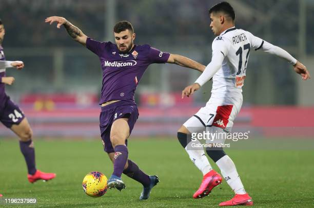 Patrick Cutrone of ACF Fiorentina in action during the Serie A match between ACF Fiorentina and Genoa CFC at Stadio Artemio Franchi on January 25...