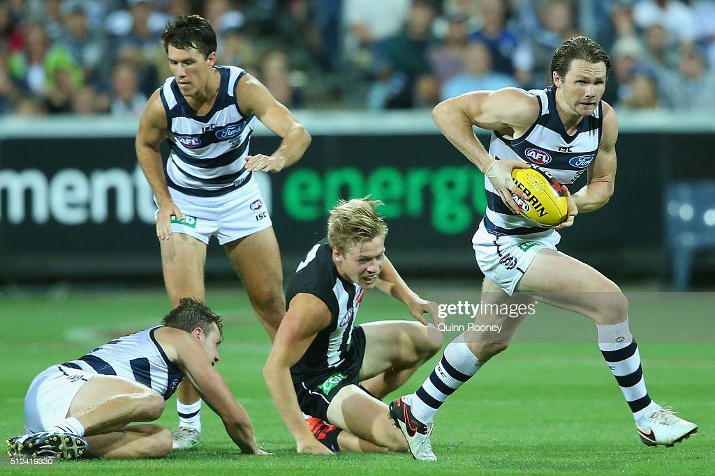 Geelong v Collingwood - 2016 AFL NAB Challenge : News Photo