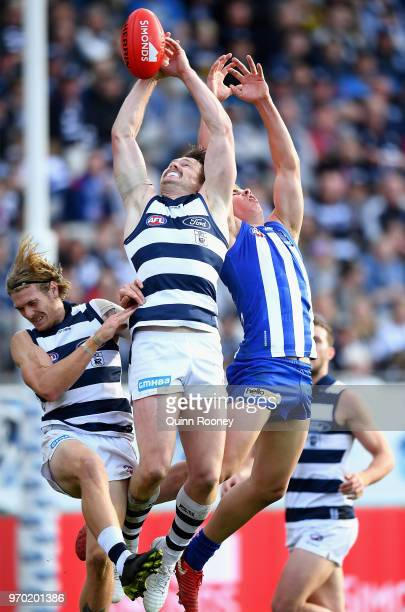 Patrick Dangerfield of the Cats marks during the round 12 AFL match between the Geelong Cats and the North Melbourne Kangaroos at GMHBA Stadium on...