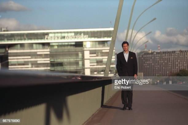 THE JOURNLIST PATRICK DE CAROLIS Patrick de Carolis in front of the new headquarters of France Television