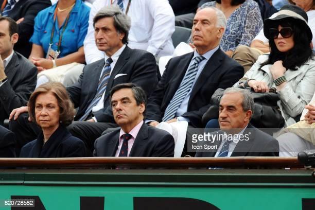 Patrick DE CAROLIS / Isabelle ADJANI / Jean GACHASSIN / Francois FILLON / Reine d'espagne Finale Simple Messieurs Roland Garros 2010