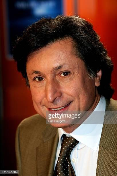Patrick de Carolis on the set of TF1's 'Vol de Nuit' for 'Les Demoiselles de Provence'
