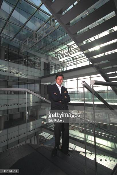 THE JOURNLIST PATRICK DE CAROLIS Patrick de Carolis on the steps of France Television's new headquarters