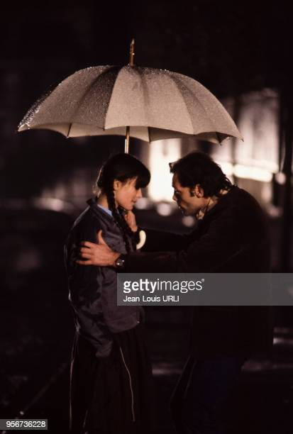Patrick Dewaere et Ariel Besse sur le tournage du film 'Beaupère' réalisé par Bertrand Blier en 1981 France