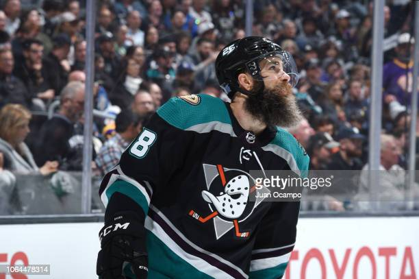 Patrick Eaves of the Anaheim Ducks skates during the second period of the game against the Los Angeles Kings at STAPLES Center on November 6 2018 in...