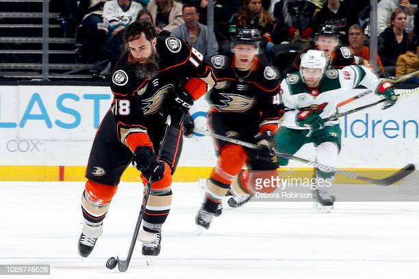 Patrick Eaves of the Anaheim Ducks skates with the puck during the game against the Minnesota Wild on November 9 2018 at Honda Center in Anaheim...