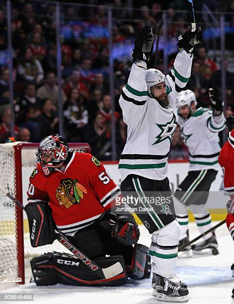 Patrick Eaves of the Dallas Stars celebrates his first goal of the game in the first period against Corey Crawford of the Chicago Blackhawks at the...