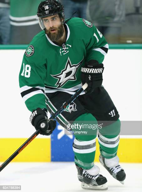 Patrick Eaves of the Dallas Stars warms up before the game against the Chicago Blackhawks at American Airlines Center on February 6 2016 in Dallas...