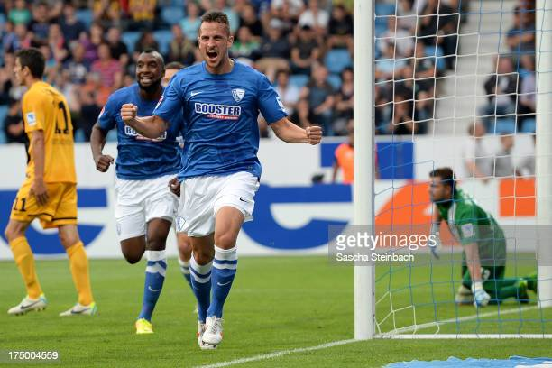Patrick Fabian of Bochum celebrates scoring the opening goal during the Second Bundesliga match between VfL Bochum and Dynamo Dresden at Rewirpower...