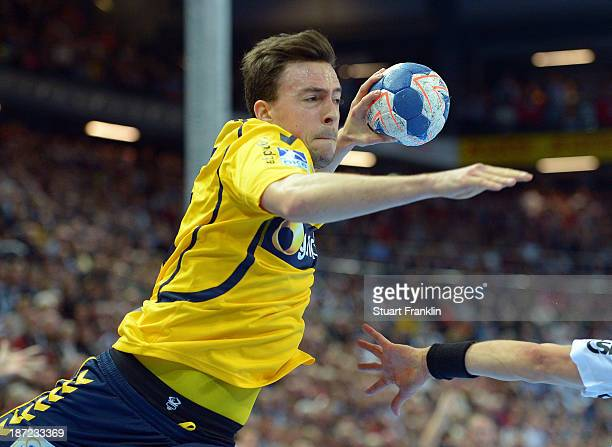 Patrick Groetzki of Rehein Neckar in action during the Bundesliga handball match between THW Kiel and Rhein Neckar Loewen at the Sparkasse arena on...