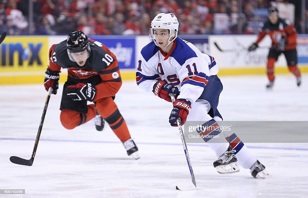 USA v Canada - 2017 IIHF World Junior Championship : News Photo