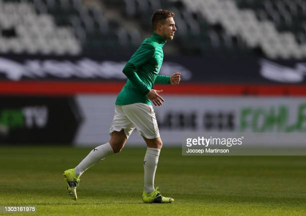 Patrick Herrmann of Borussia Moenchengladbach warms up prior to the Bundesliga match between Borussia Moenchengladbach and 1. FSV Mainz 05 at...