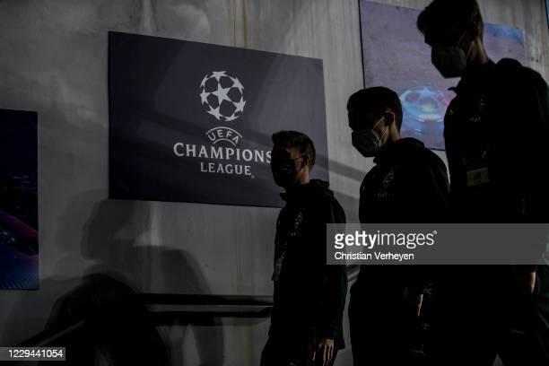 Patrick Herrmann Rocco Reitz and Florian Neuhaus of Borussia Moenchengladbach are seen before the Group B UEFA Champions League match between...