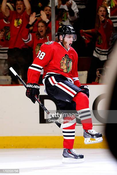 Patrick Kane of the Chicago Blackhawks celebrates after he scored a goal in the third period against the Los Angeles Kings during Game Five of the...
