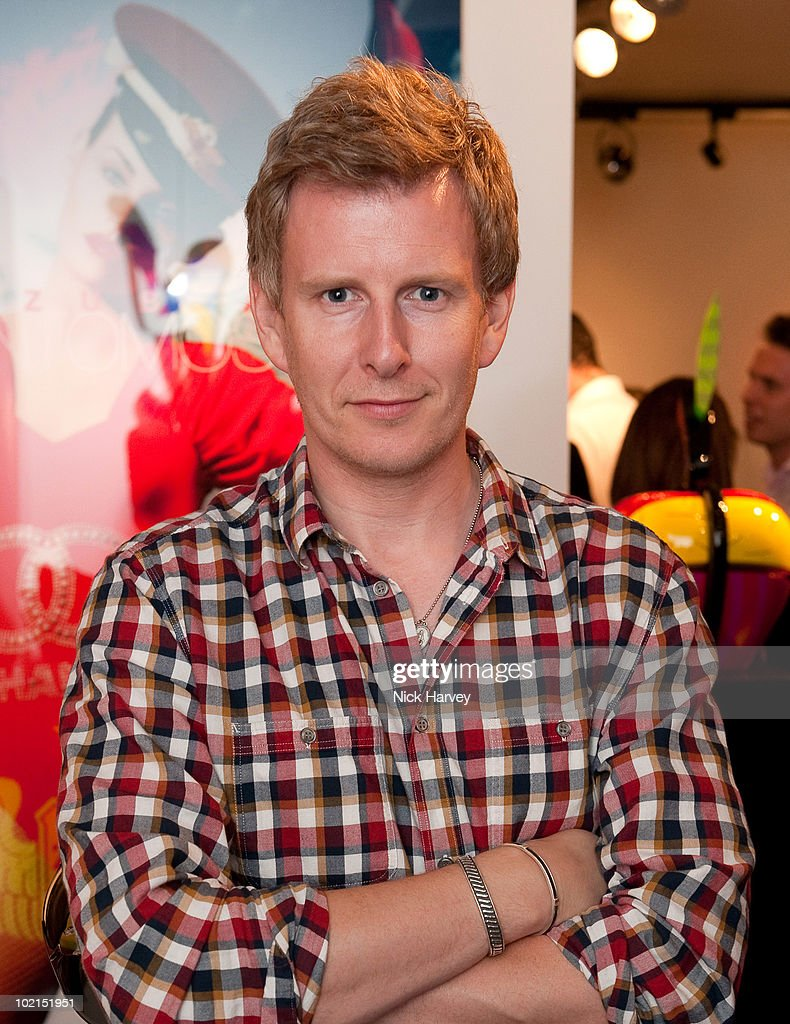 Patrick Kielty attends the Zoobs vs. Lodola private view at Opera Gallery on June 16, 2010 in London, England.